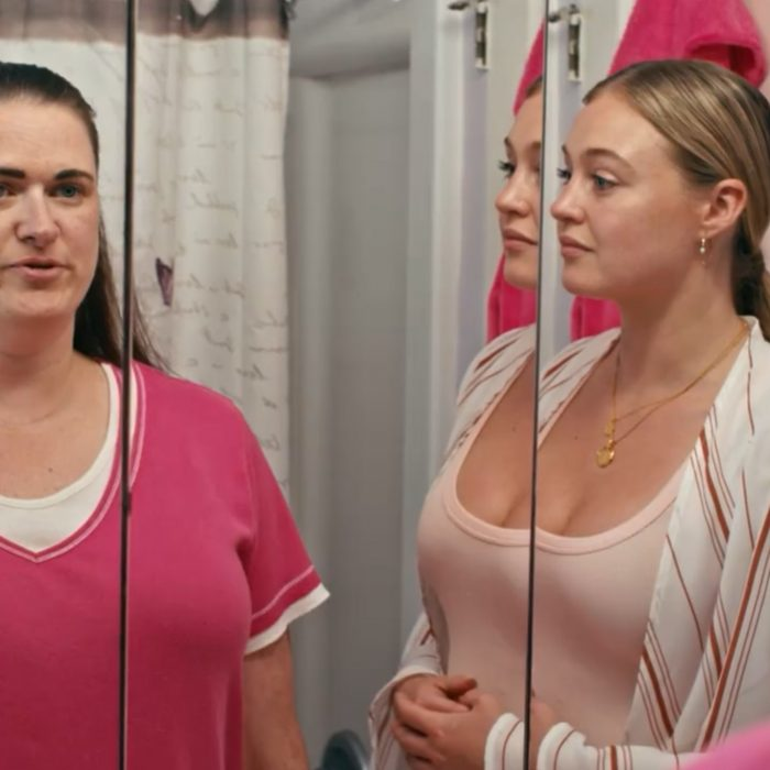 The Mirror Challenge With Iskra Lawrence – Miscarriage